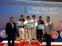 İhlas Koleji öğrencisi karatede Balkan üçüncüsü oldu