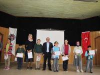 Hisarcık'ta kitap okuma yarışması ödülleri dağıtıldı