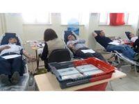 Pazarlar'dan kan bağışına tam destek