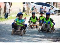 Hisarcık'taki tahta araba yarışmaları nefesleri kesti