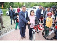 Darıcalı öğrenciler bisikletlerine kavuştu