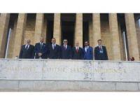 Kuşadası Ticaret Odası heyeti Anıtkabir'i ziyaret etti