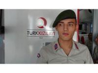Mehmetçikten Kızılay'a kan bağışı