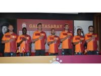 Galatasaray, yeni sezon parçalı formasını tanıttı