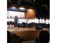 Küçük şairlere büyük alkış