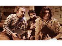 'Ziyafet Sofrası' AKM'de tiyatro severlerle buluştu