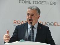 Bakan Arslan'dan İzmir'e köprü ve batırma tüp geçit müjdesi