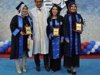 BEÜ Devrek Meslek Yüksekokulunda mezuniyet coşkusu