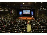 HKÜ'de mezuniyet coşkusu