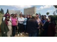 Gülüçlü kadınlar Çanakkale'yi gezdi