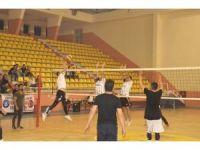Siverek'te düzenlenen voleybol turnuvası sona erdi
