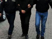 Gözaltına alınan 4 avukattan 2'si FETÖ'den tutuklandı