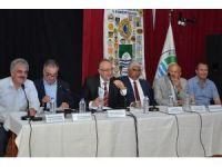 Foça'da, balıkçılık ve sorunları masaya yatırıldı