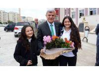 """Başkan Karaosmanoğlu: """"Eğitim, geleceğe yapılan yatırımdır"""""""