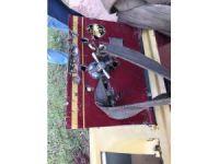 Kaçarken kaza yapan hırsızlar, çaldıkları çelik kasayı baraja attı