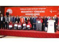 Türkiye'nin ilk kadın seyisleri mezun oldu