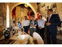 KYK Adana Mahmut Sami Ramazanoğlu öğrencileri sergi açtı