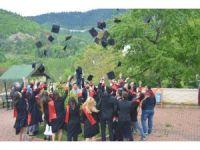 Küre MYO'nda mezuniyet töreni düzenlendi