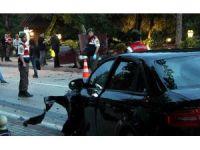 Bursa'da iki araç çarpıştı 1 ölü 5 yaralı