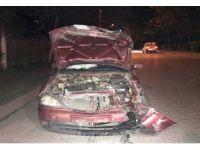 Antrenmandan dönen çocukları taşıyan minibüse otomobil çarptı: 6 yaralı