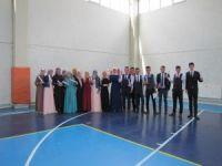 İmam hatip ortaokul ve lise öğrencilerinin mezuniyet töreni