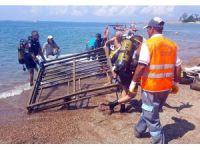 Deniz'den 80 kiloluk iskele demiri çıkarıldı