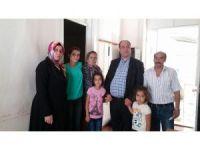 Beyazay'dan görme engelli üyelerine Ramazan çeki