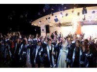 İhlas Kolejinde mezuniyet heyecanı