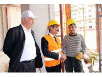 SGK Başkanı Bağlı inşaat işçileriyle bir araya geldi