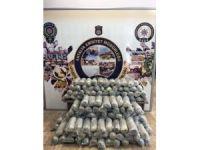 Antalya'da traktör lastiğindeki uyuşturucu sevkiyatı polise takıldı