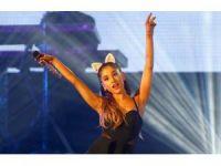 ABD'li pop sanatçısı Ariana Grande, Manchester mağdurları için konser verecek
