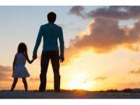 Babalar kız çocuklarıyla daha çok ilgileniyor