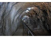 Dracula'nın esir tutulduğu kaledeki gizli geçitte 140 metre derinliğe ulaşıldı