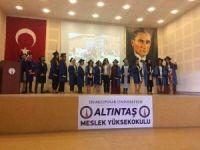 Altıntaş MYO'da 258 öğrenci mezun oldu