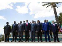 G7 Zirvesi liderleri aile fotoğrafı çektirdi