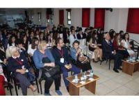 Öğrencilerden BM ayarında 1. Genç Delegeler Konferansı