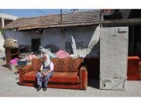 1 haftadır sokakta kalan Sultan nineye devlet sahip çıktı