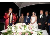 Başkan Çetin, kızının nikahını kıydı