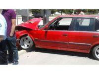 Elazığ'da trafik kazaları:3 yaralı