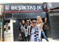 3. yıldız öncesi Beşiktaş taraftarı 2 yıldızlı formalara akın etti