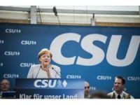 """Almanya Başbakanı Merkel: """"Biz Avrupalılar tamamen kaderimizi kendi ellerimize almalıyız"""""""