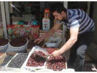 Türkiye'nin en ucuz hurması Van'da