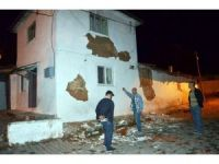 Manisa'daki depremin bilançosu netleşiyor
