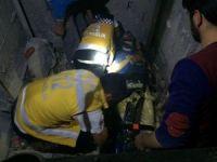Beşinci kattan asansör boşluğuna düşen işçi ağır yaralandı