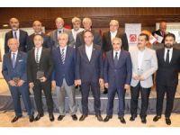 Adana Sanayi Odası 50. yılında üyelerine plaket verdi