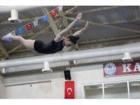 Trampolin Jimnastik okullar arası Türkiye birinciliği
