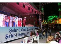 Edremit'te Hacivat-Karagöz oyunu