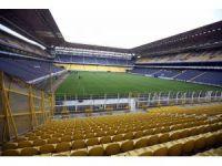 Ülker Stadyumu'nun çimleri yenileniyor