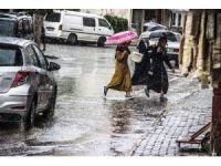 Yağış hayatı olumsuz etkiliyor