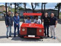 Üniversite öğrencileri 2 bin liraya otomobil yaptı